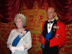 Regina Elisabetta II sotto tono